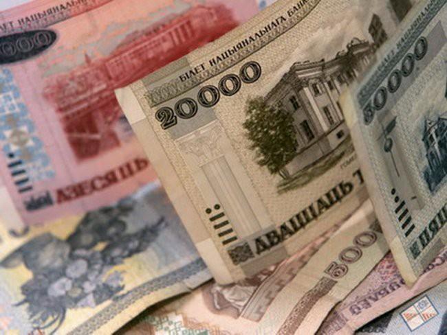 В Беларуси вводится новое ежемесячное пособие семьям с двумя и более детьми