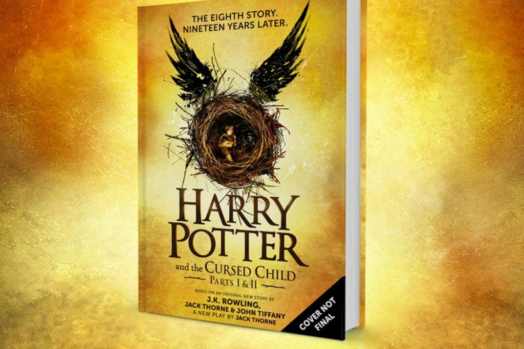 Новая книга о Гарри Поттере стала самой продаваемой в Великобритании